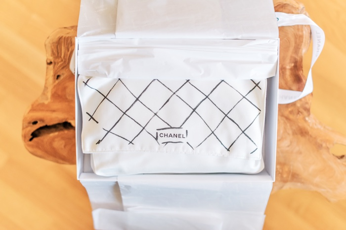 chanel-reveal-turqouise-medium-flap-3