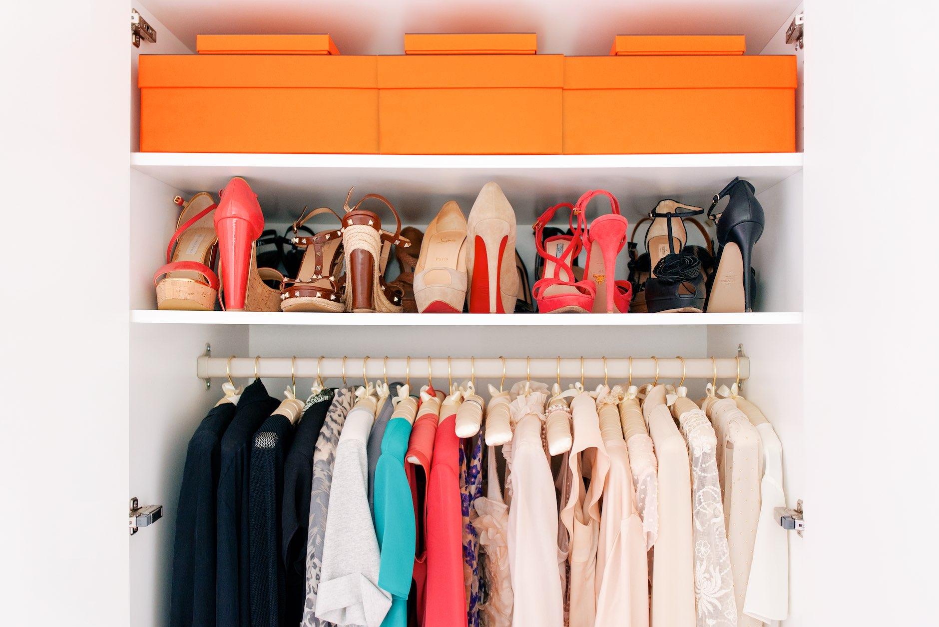 Guide Funf Schritte Zu Einem Perfekten Kleiderschrank Haute Edition